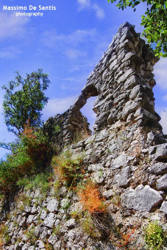 Ruderi dell'età longobarda a Sacco Vecchia – Sacco (SA)